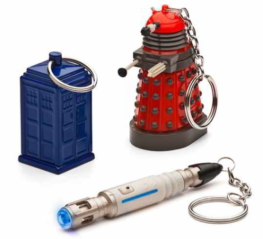 Llaveros del doctor Who, Dalek, Tardis, y destornillador Sonónico.